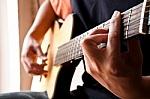 play_guitar-7